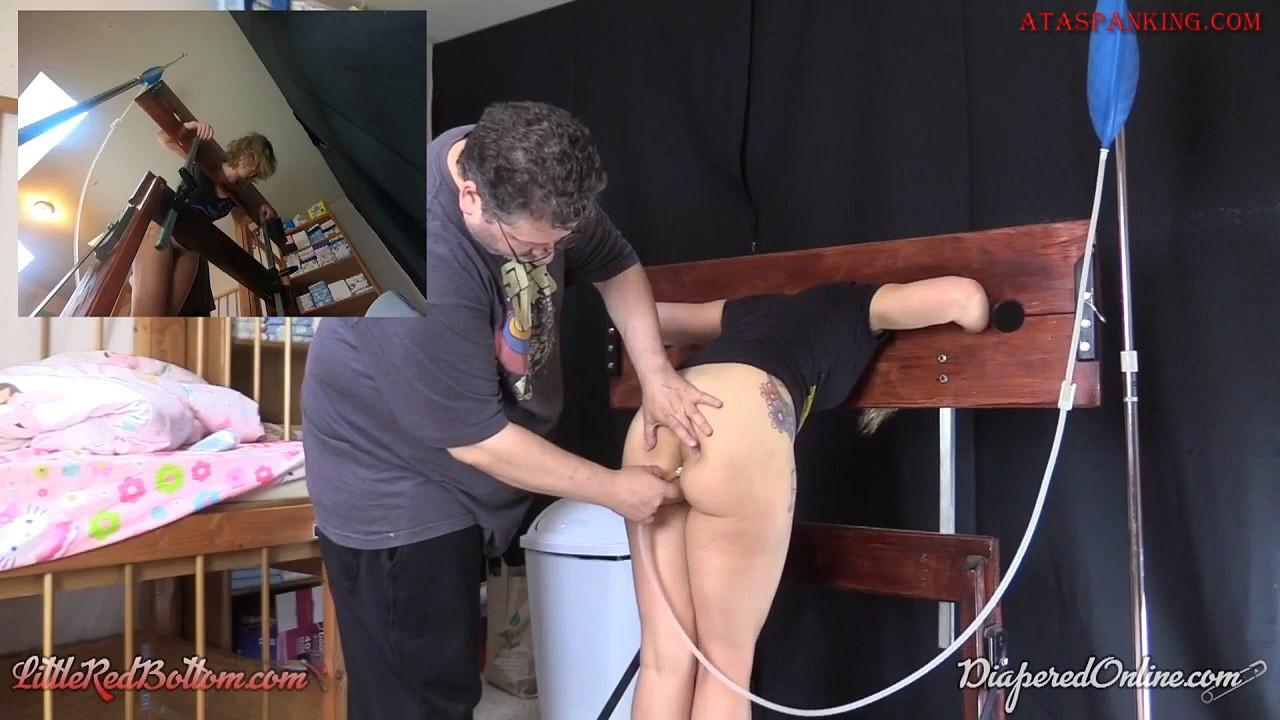 Amateur Lesbian Butt Plug